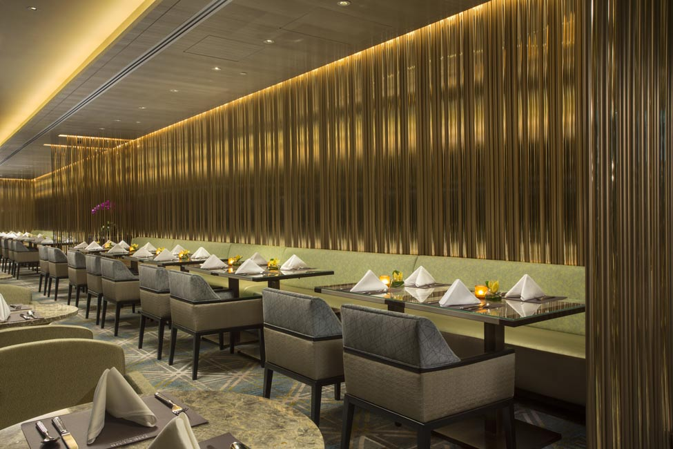 The club michael fiebrich design - Moderne loungebar ...