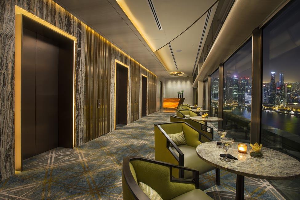 The club michael fiebrich design for Hotel club decor